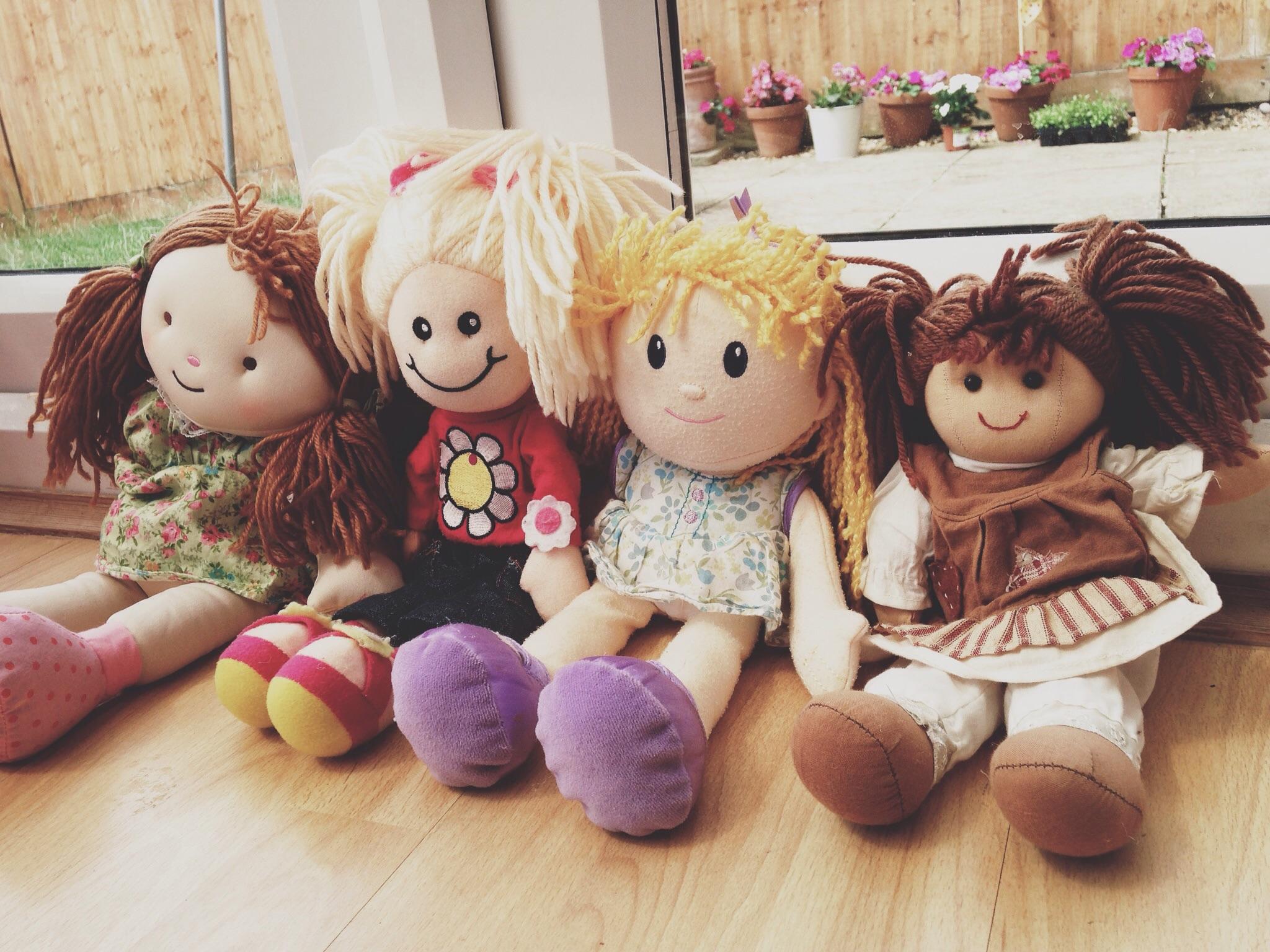 Four Little Girls… The Mummy Memoirs